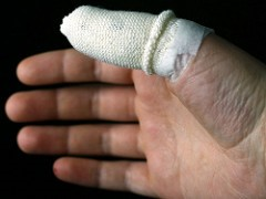 Skier's thumb (gamekeeper's thumb) injury prevention